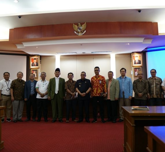Pemprov Riau, UIR dan 66 Perguruan Tinggi di Riau Lakukan MoU