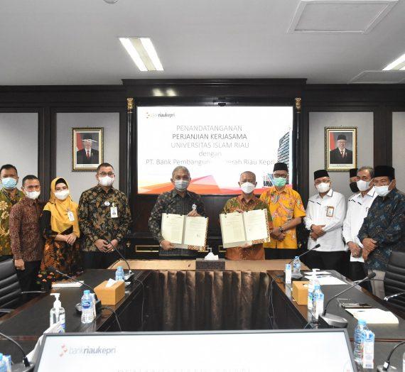 Penandatanganan Perjanjian Kerjasama Universitas Islam Riau dan Bank Riau Kepri